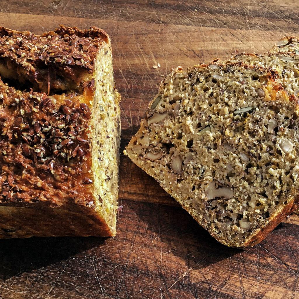 Quark-Möhren-Körner-Brot
