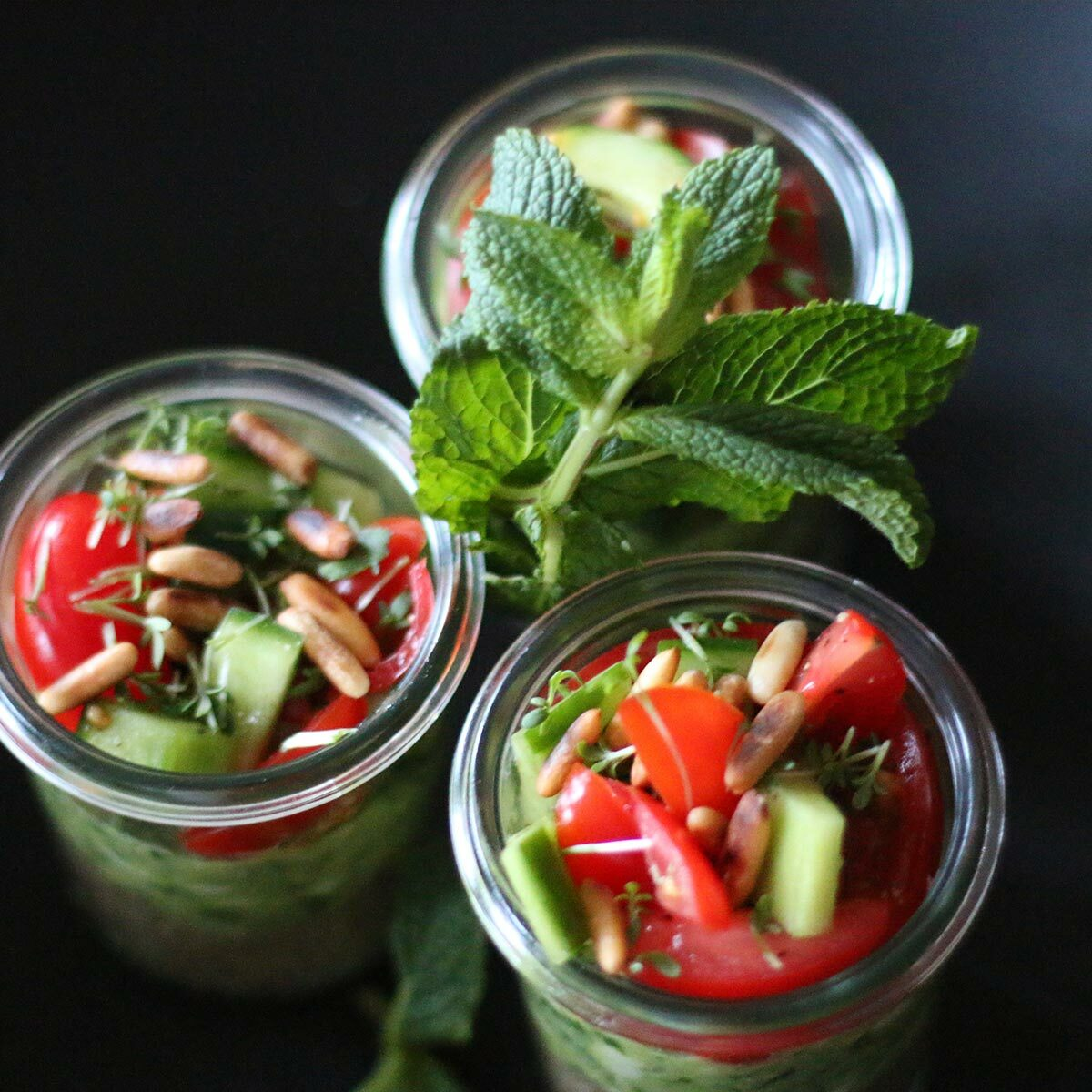Hühnchen, Guacamole, Quinoa – Dreierlei im Glas