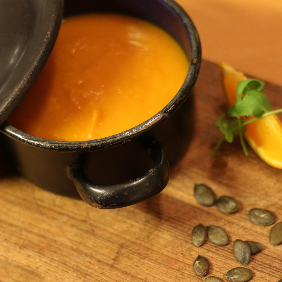 Kürbis-Orangensuppe mit Ingwer