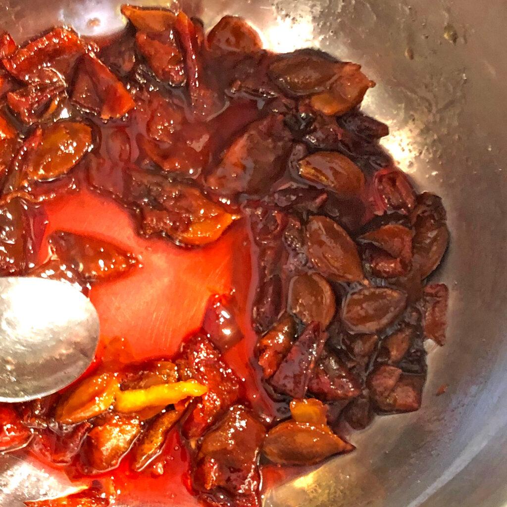 Pflaumen-Portwein-Sauce: Saucenfond | Koch für 2!