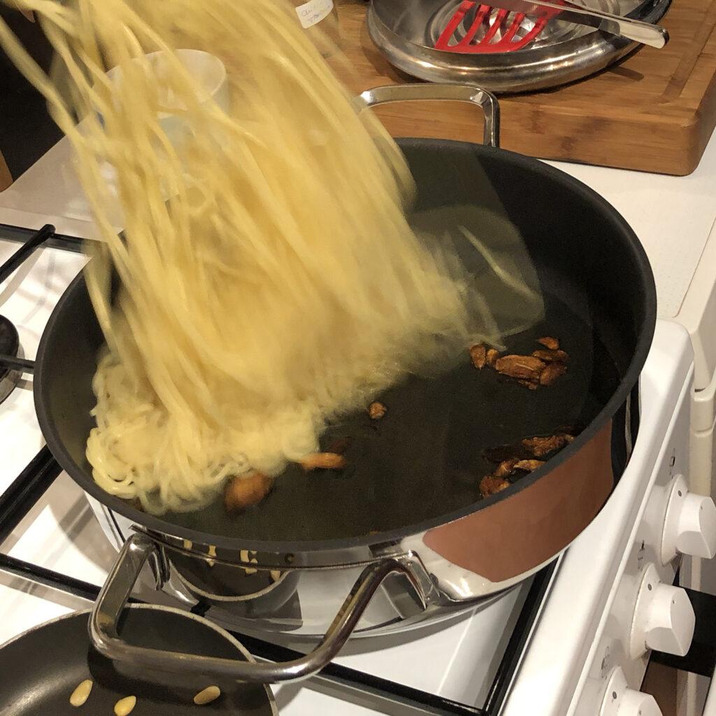 pasta mit Knoblauchöl | Koch für 2!
