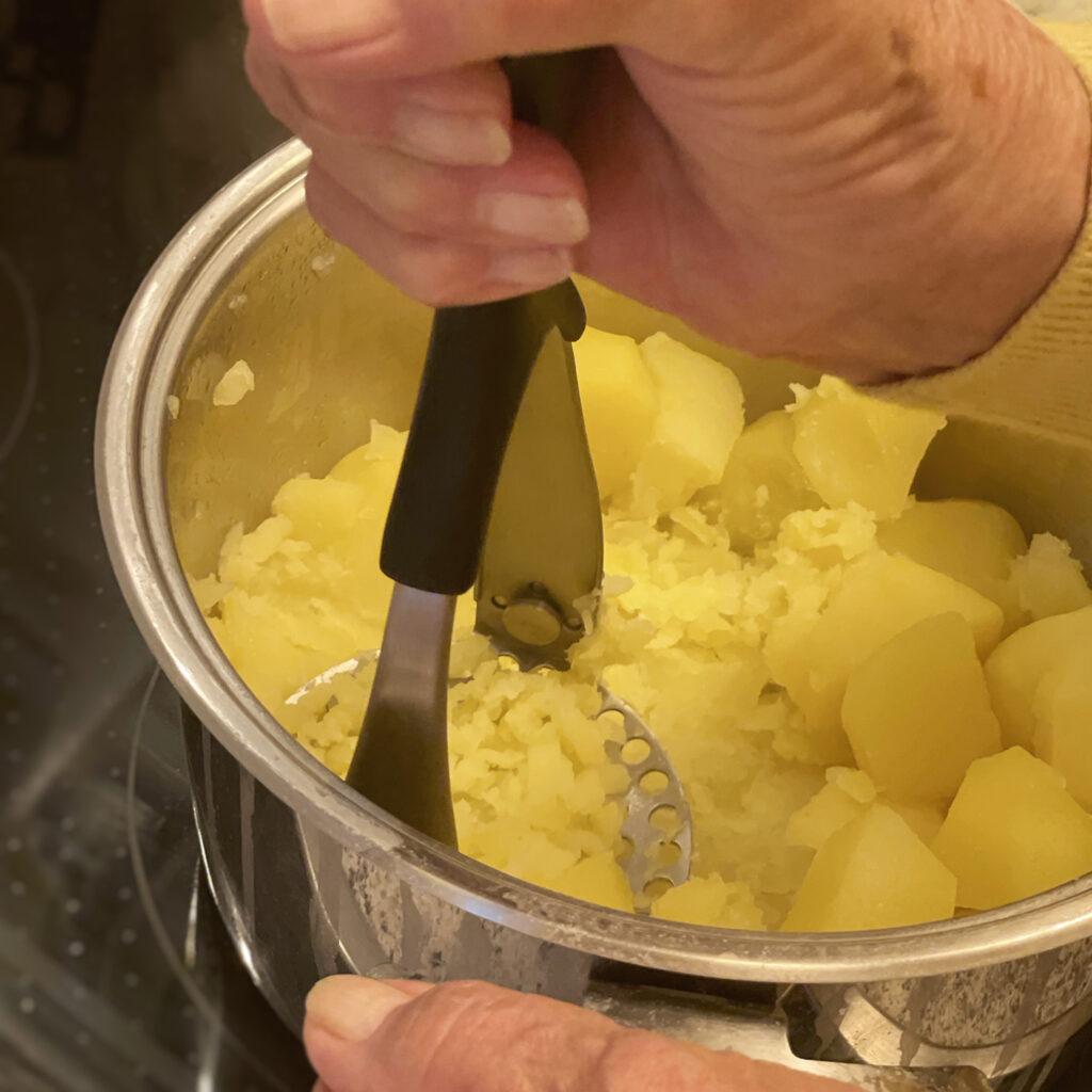 Hamburger Labskaus mit Kartoffelbrei | Koch für 2!